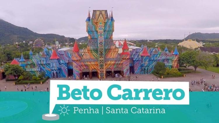 Beto Carrero com Crianças