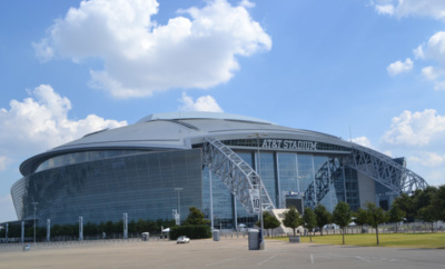 Dallas Cowboys Stadium: fachada do estádio