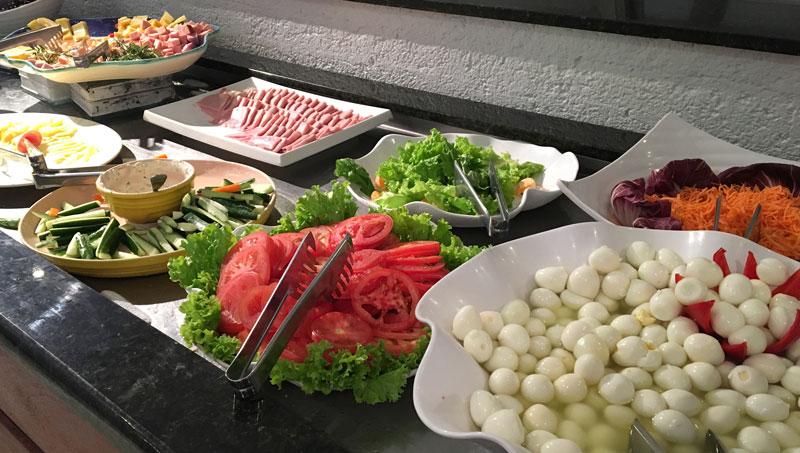 Day Use no Costão do Santinho: buffet lanche