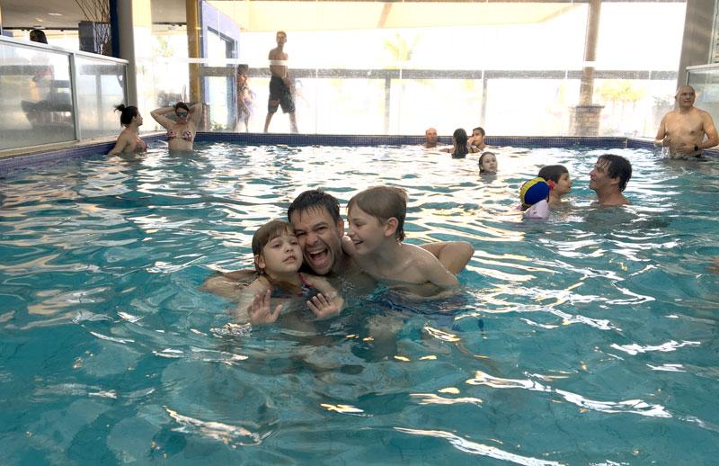 Day Use no Costão do Santinho: piscina interna