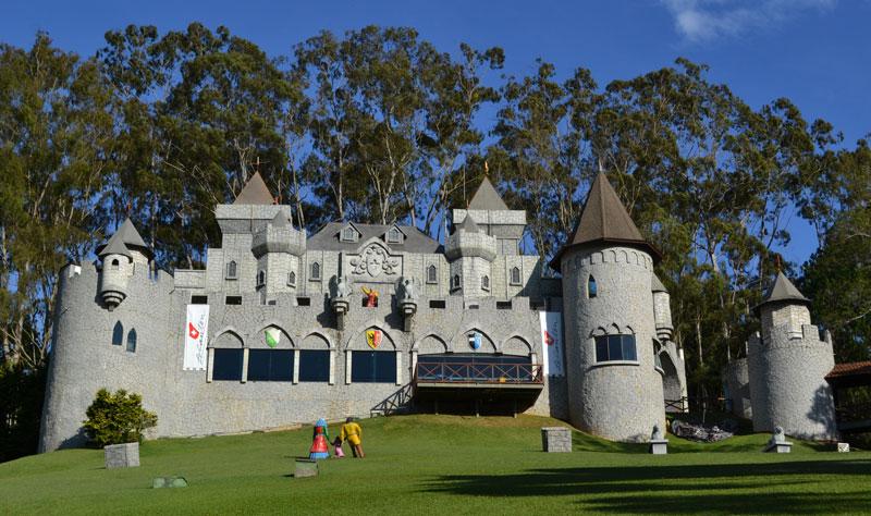 Teresópolis com crianças: Castelo Medieval