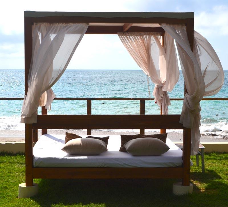 Onde ficar em Puerto Vallarta: gazebos na beira da praia no Now Amber