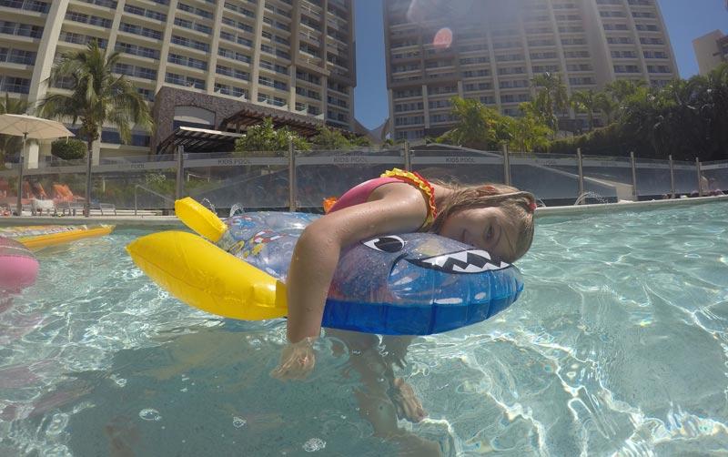 Onde ficar em Puerto Vallarta: Alice na Kids Pool do Now Amber