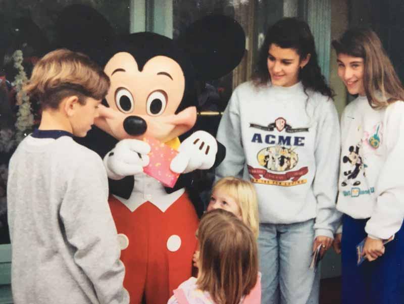 90 Anos do Mickey - Familia Ogg